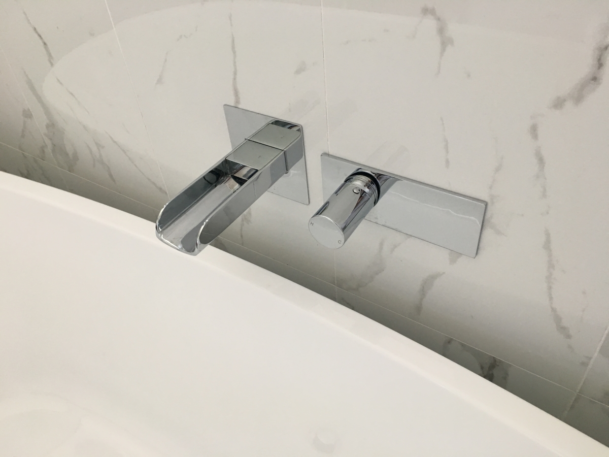 Bathroom Renovation, Upgrade, Tapware, Bathtub